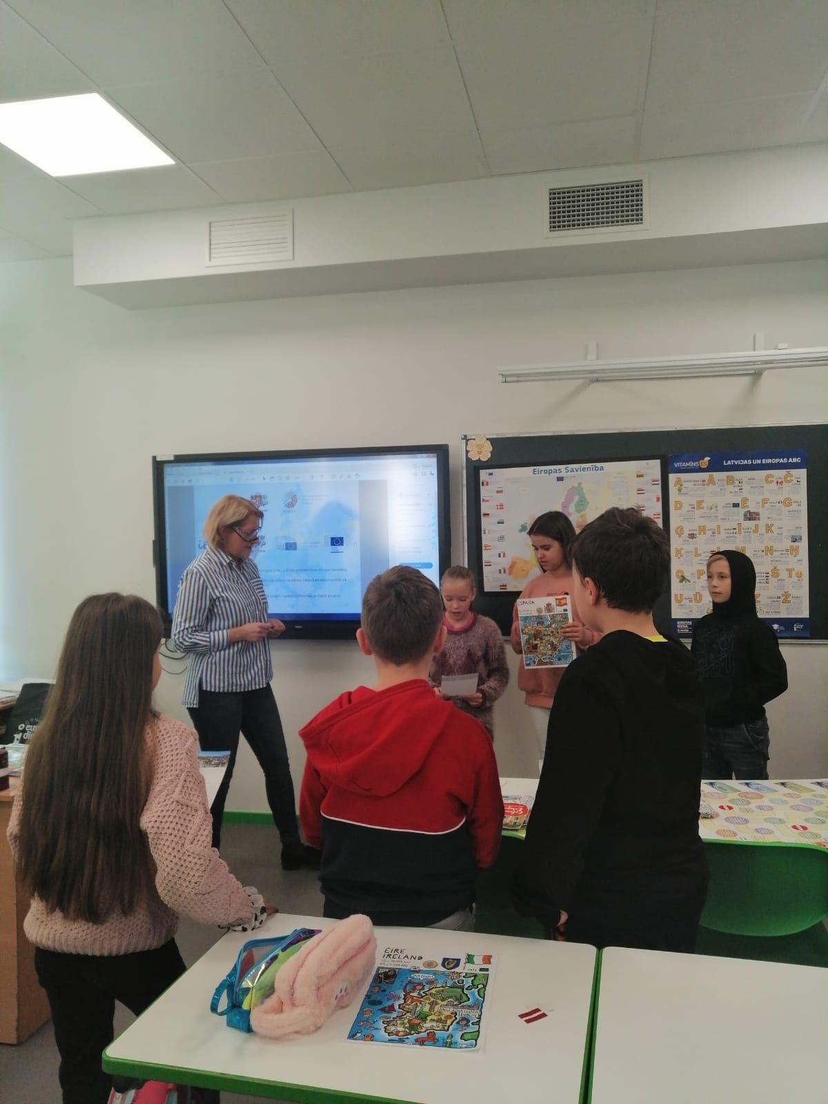 Diena ar jauko ciemiņu klasē (Gabriela Kostigova, 4.u klases skolniece)